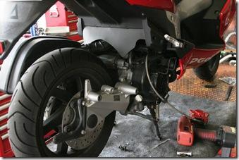 G-MAX HOOP B02 タイヤ交換