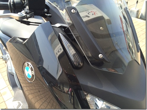 BMW C600 ミラーポストカバー (3)